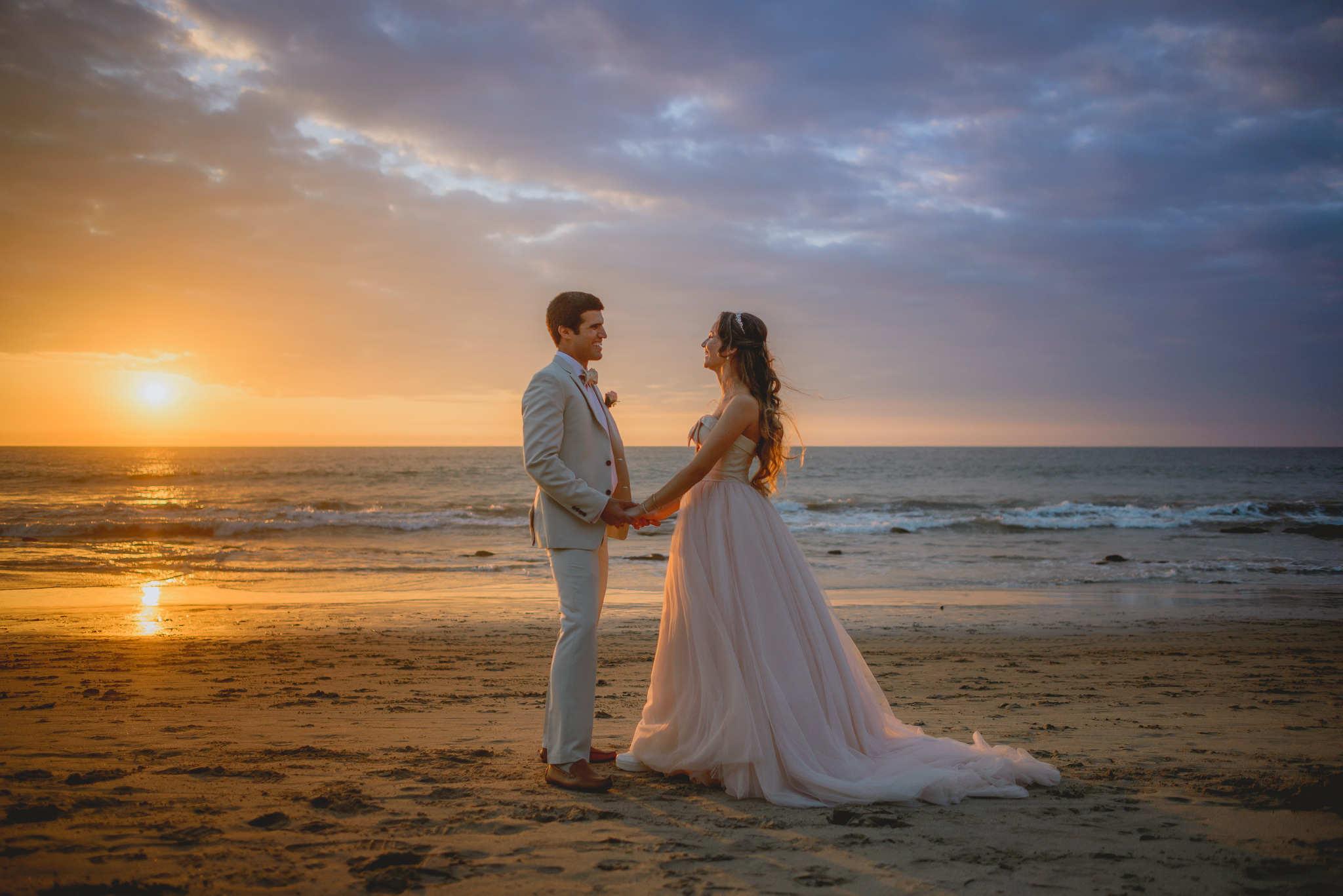 gloria y carlos, fotografia de boda en piura, fotografia de boda en playa, mancora, vichayito, punta sal, punta veleros, punta sal, fotografia de boda, erick ruiz