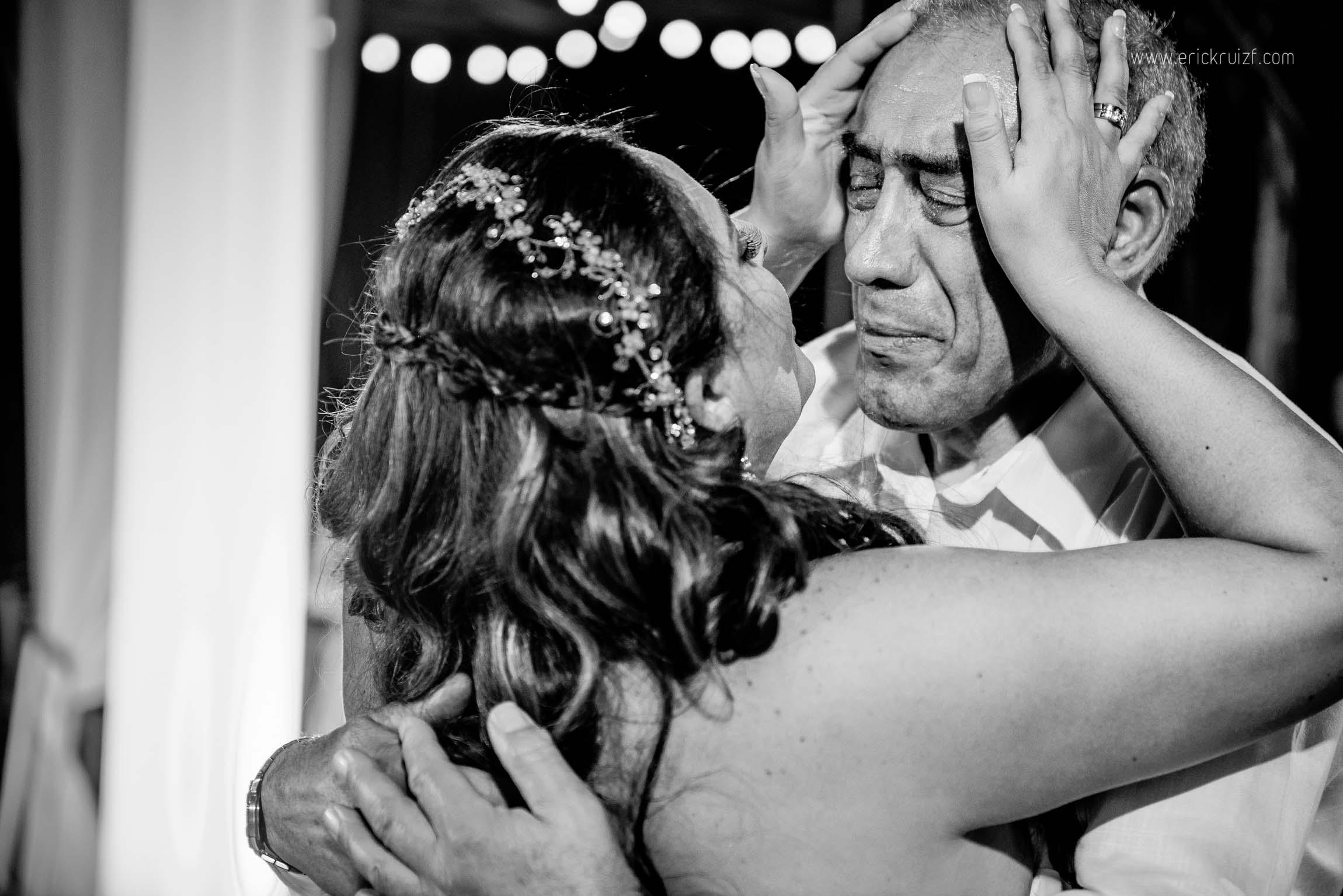 gisella y julio en mancora, bodas en playa, bodas en piura, fotografia y video de bodas, casate conmigo, zankyou, matrimonio.com.pe, erick ruiz, zoomx, sesion preboda