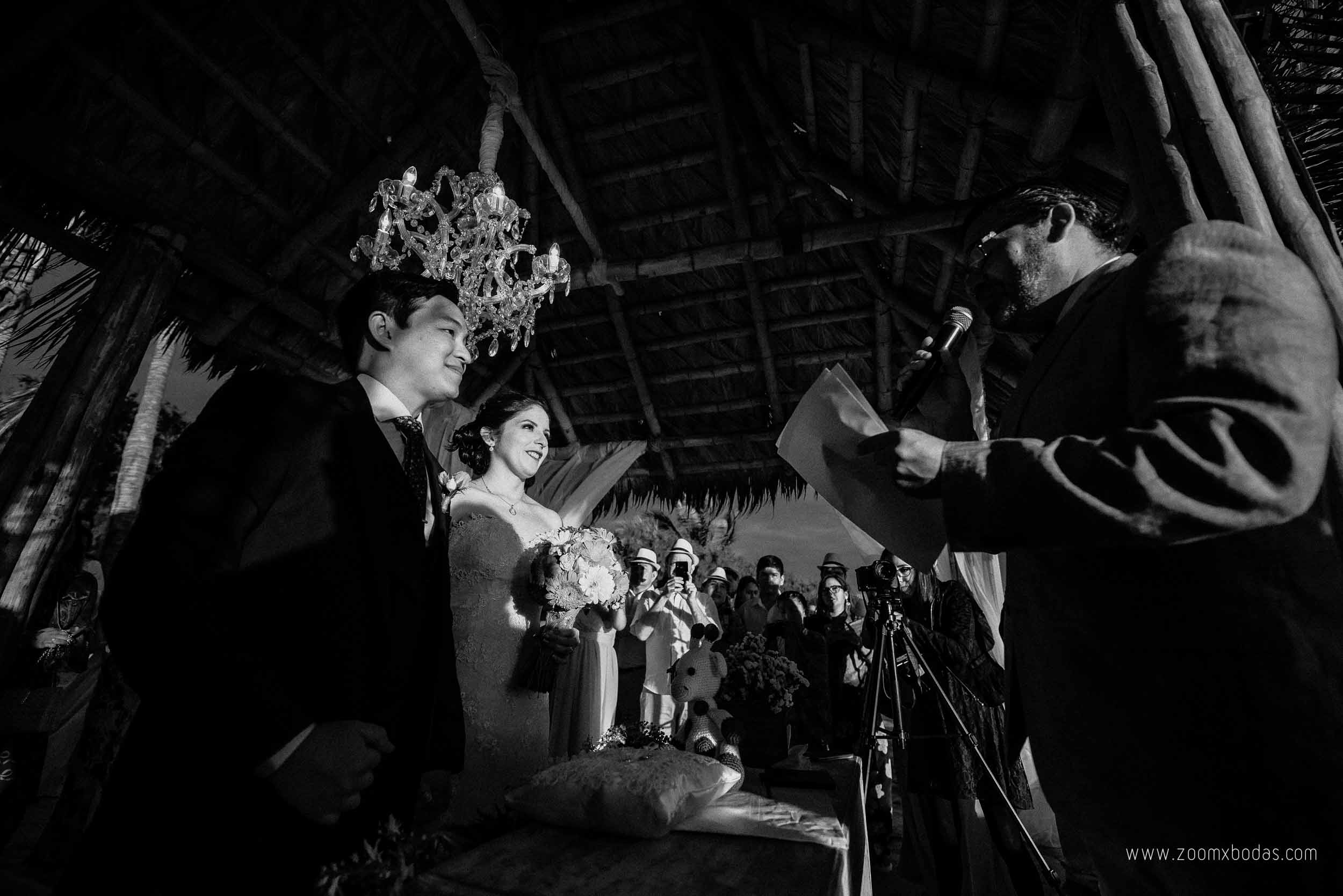 boda marina y jaime en colan_ fotografia de bodas en playa colan, fotografia de bodas en piura, video de bodas en piura, zoomxbodas, zoomxstudio